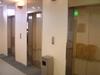 エレベーターは3機設置