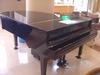 グランドピアノで雰囲気アップ