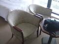 椅子が2脚の応接セット