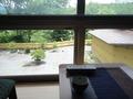 窓越しの風景