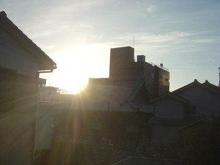 朝日が見える