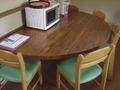半円形テーブル