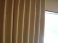 分厚いカーテン