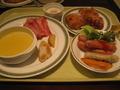 2階旬菜グリルカフェ「セレニティー」