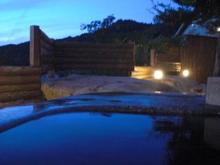 大浴場の露天からの朝焼け