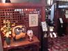 ロビーのレトロな喫茶室「古都」