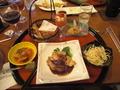 ごく一部のディナーの写真です。