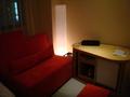 ソファーとテーブル(収納棚)