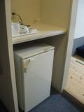 和室のお部屋・お茶セットと冷蔵庫