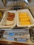 朝食バイキング ウインナーなど