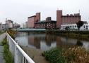 温泉街、そして松倉川