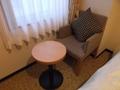 椅子とテーブルあり