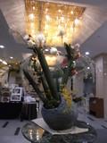 ロビーの巨大なお花