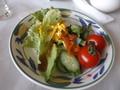 サラダは彩りよく!