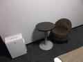 小さな椅子テーブルの席もあり!