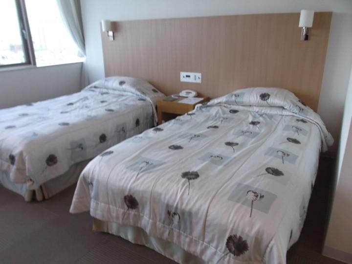 ベッドは大きめです!