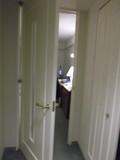 ドアを開けると、またドアです!