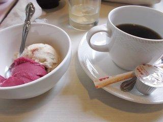 コーヒーとアイス
