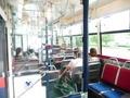 ディズニーランド行きのバス車内