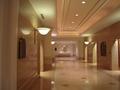 綺麗なエレベータホール