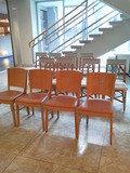 椅子がいっぱい