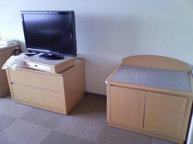 液晶テレビと荷物置き場 利用時期: 2010/09 頃 通常会員 : hoemei さん  液晶