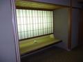 廊下のエレベーター前の腰かけスペース