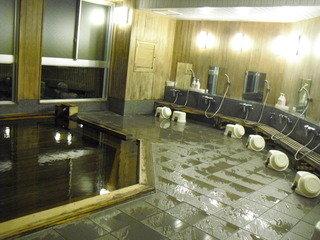 檜風呂の洗い場