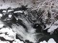 女子の露天風呂からは雪化粧の景色が見られます