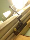 ベッド脇の照明