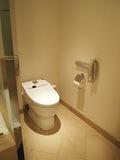 トイレは広々