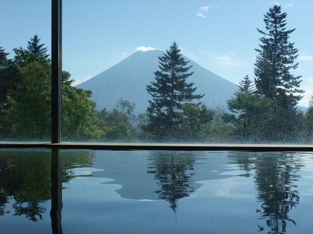 温泉から見る羊蹄山