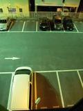 部屋の真下は、駐車場でした