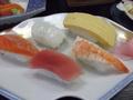 和食の「白浜膳」・握り寿司です