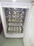 カラの冷蔵庫