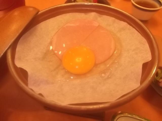 朝食・ハムエッグ