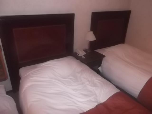 シングルベッド×2台