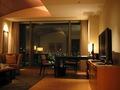 32階マンダリンスイート・ツインのリビングルーム