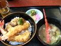 お食事処「吉村」の海老天丼