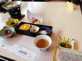 和食とちょっと洋食の朝ご飯