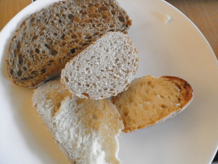 ホテルメイドのパン