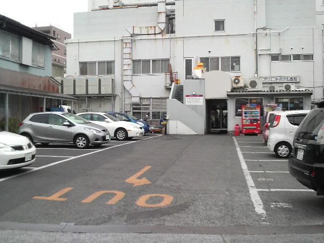 駐車場(ホテル裏)