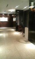 ロビー階のエレベータ前