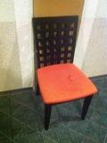 エレベーター前の椅子