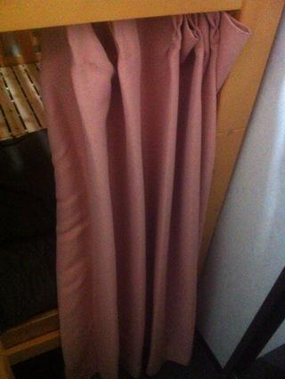 下段ベッドのカーテン