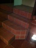 地上1階からの移動階段