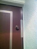 廊下から見た部屋の鍵穴