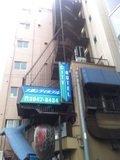 ホテル裏口
