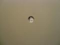 のぞき穴(部屋の中から撮影)