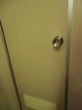 バスルームの施錠